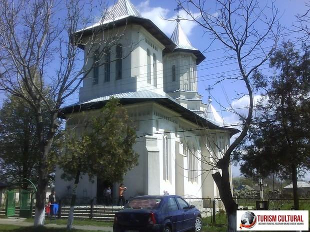 Comuna Ripiceni judetul Botosani biserica din parohia Ripiceni.
