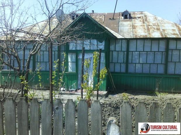 Casa din comuna Ripiceni judetul Botosani