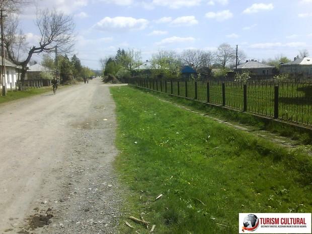 Strada din Ripiceni judetul Botosani, Moldova.