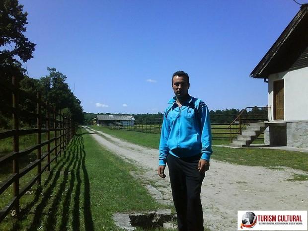 Bucsani Zimbraria Neagra îngrijitorul Dan