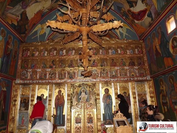 Manastirea Cetatuia Negru Voda biserica noua interior