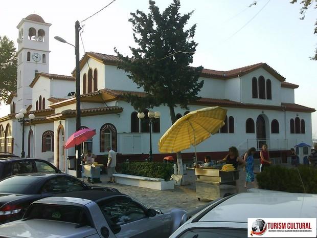 Grecia biserica din orasul Platamonas