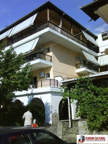 Grecia Nei Pori vila Natali