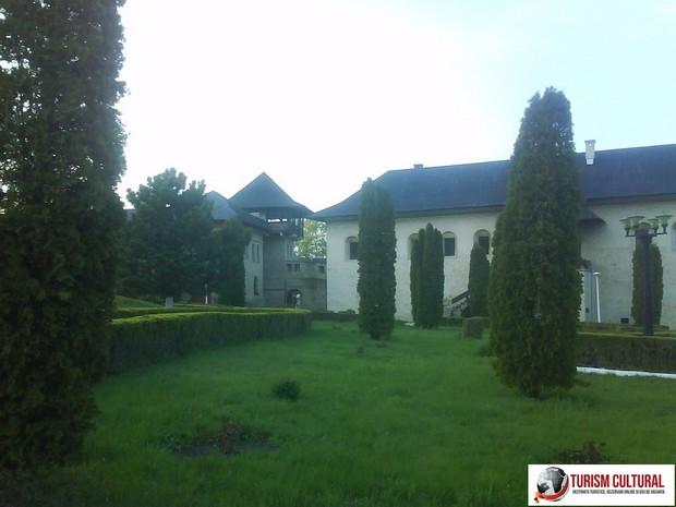 Iasi Cetatuia interiorul manastirii