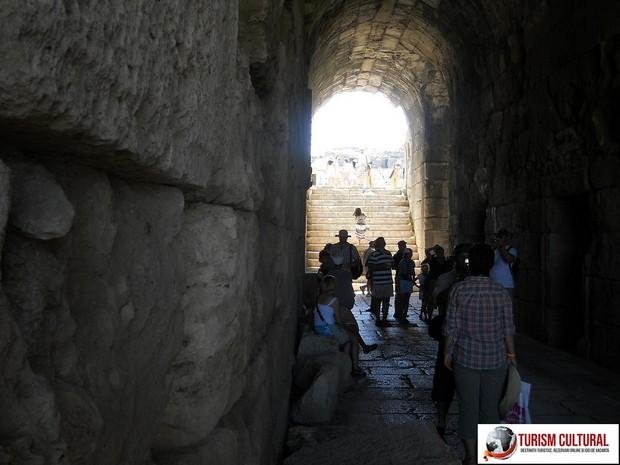 Primul etaj al teatrului din Milet
