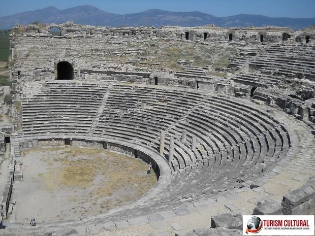 Teatrul din Milet - vedere de sus