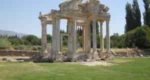 Turcia Aphrodisia Tetrapylon (templul Afroditei)