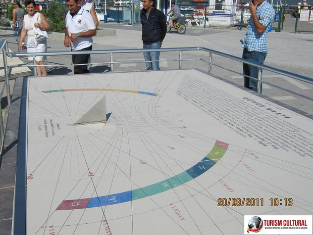 Turcia Canakkale sundial (ceas solar)