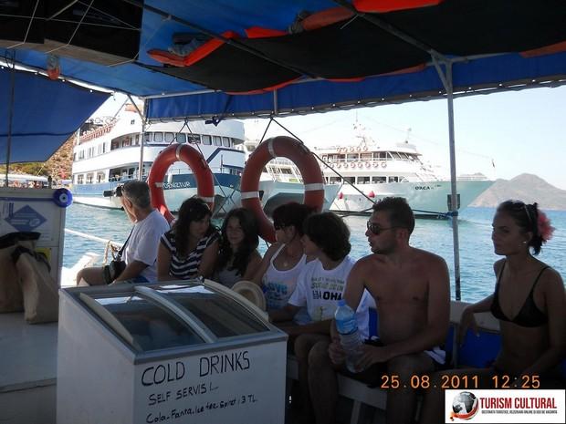 Turcia delta Dalyan grupul de turisti romani