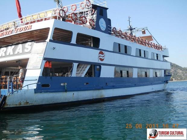 Turcia delta Dalyan vasul Barkas gata de plecare