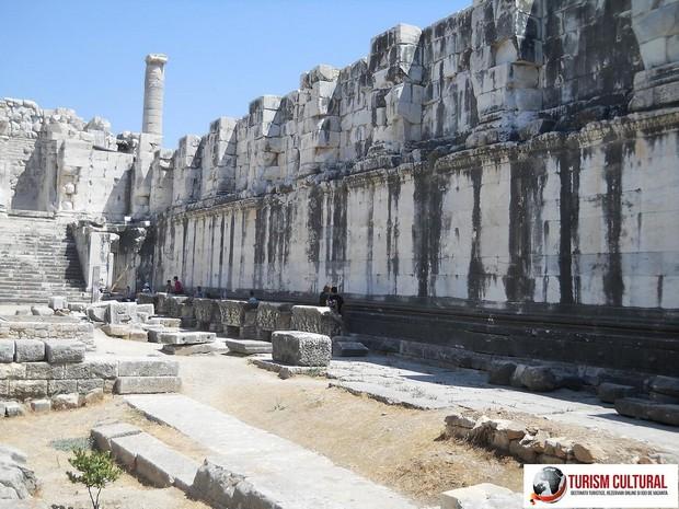 Turcia Didyma Oracolul lui Apollo interiorul adyton-ului