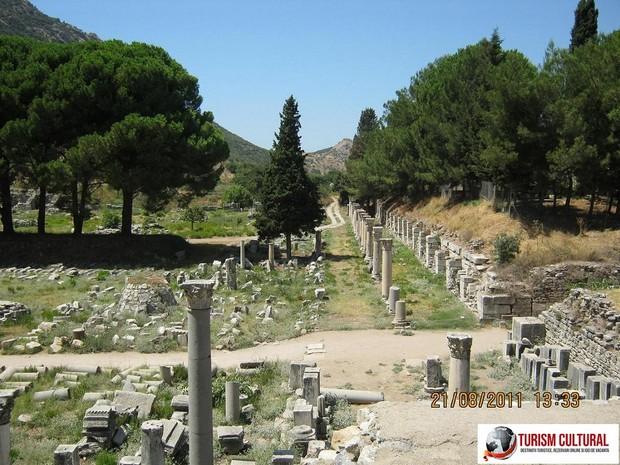Turcia Efes agora de jos (cea mai mare dintre cele doua agore)