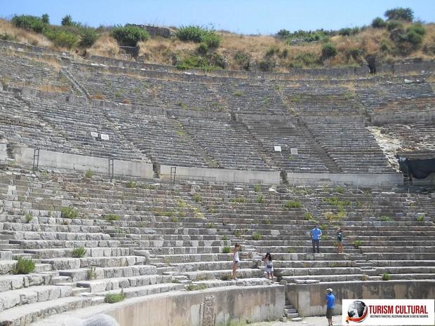 Turcia Efes amfiteatrul (in interior)