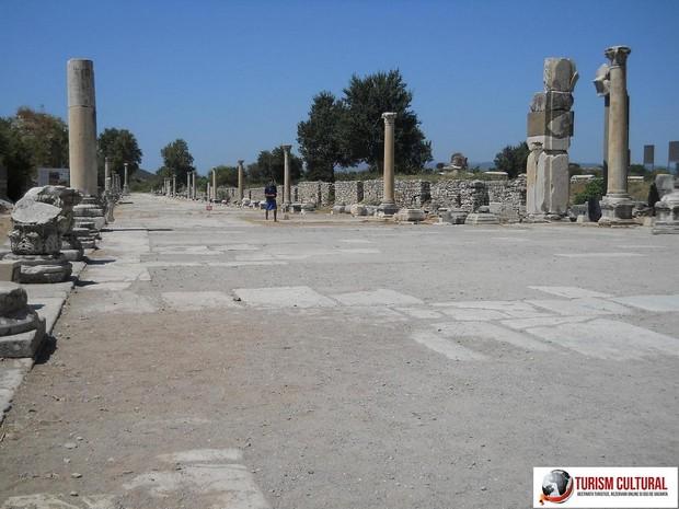 Turcia Efes drumul Arcadia (drumul spre port)