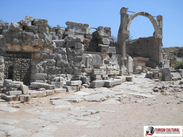 Turcia Efes fantana lui Polio