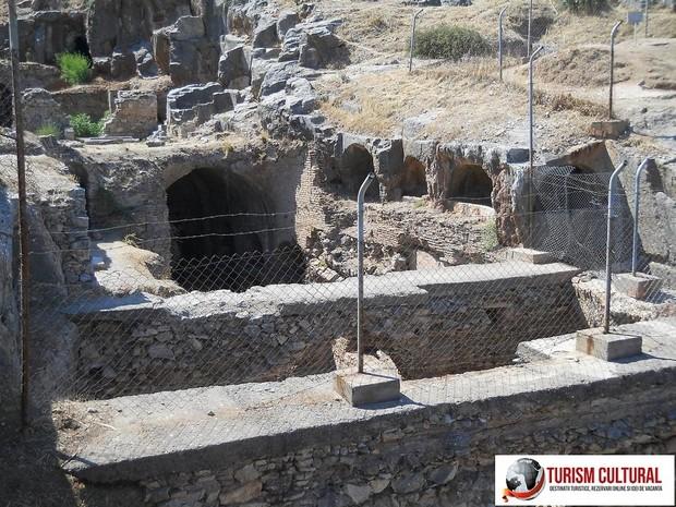 Turcia Efes Grota Sapte Tineri Adomiti