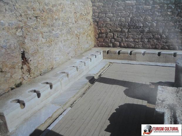 Turcia Efes latrine publice ale orasului antic