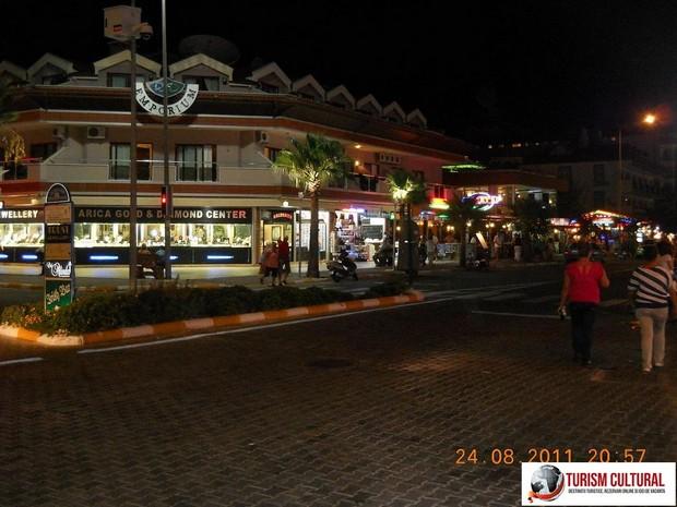 Turcia Icmeler noaptea