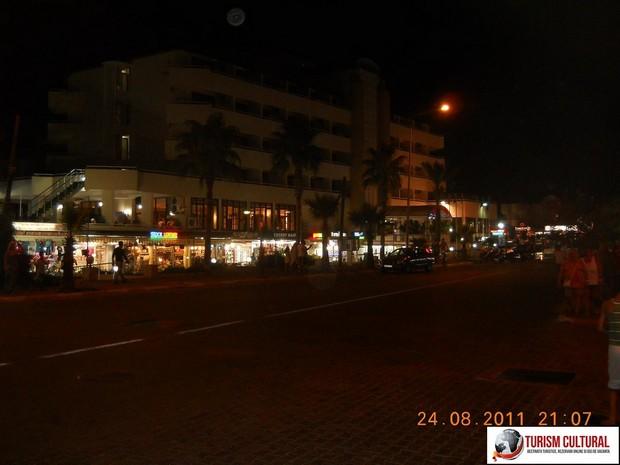 Turcia Icmeler noaptea (supermarket)