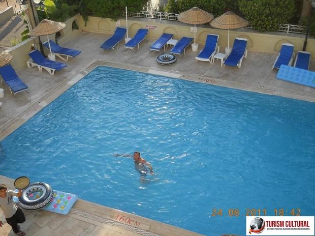Turcia Marmaris piscina de la Yunus Hotel (Mihai)