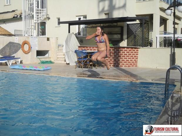 Turcia Marmaris piscina hotelului Yunus