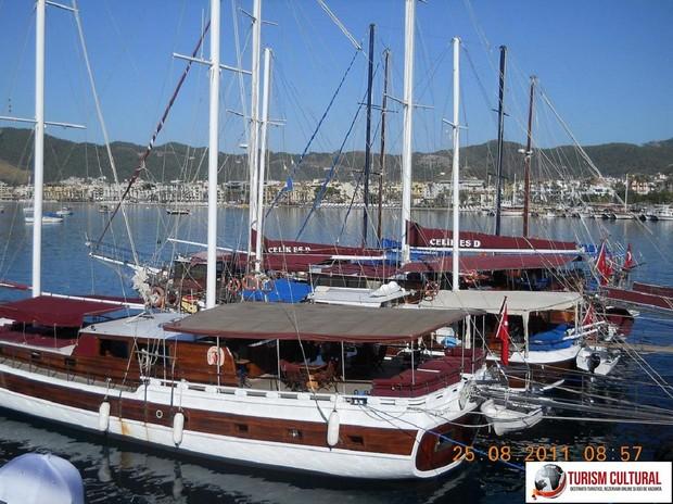 Turcia Marmaris veliere (langa Marina)