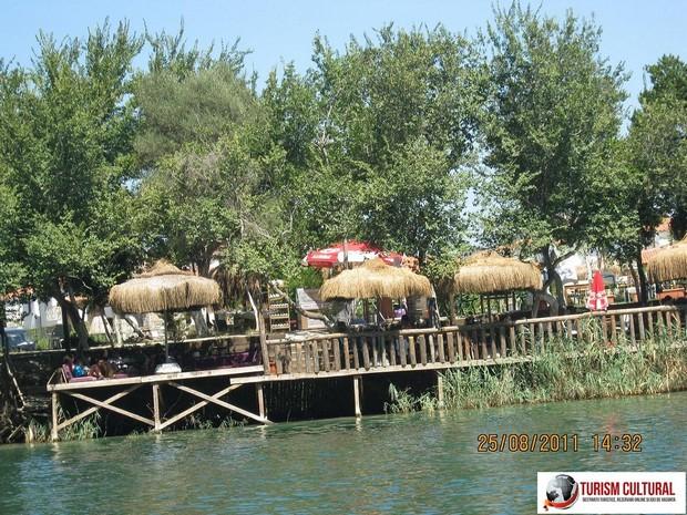 Turcia orasul Dalyan in delta
