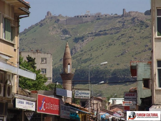 Turcia Pergam vedere din orasul Bergama
