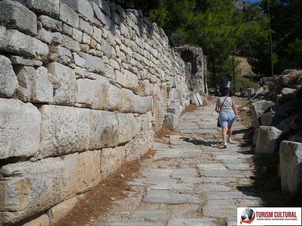 Turcia Priene strada secundara din orasul antic