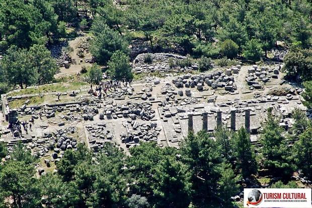 Turcia Priene templul Atenei vedere de pe acropole