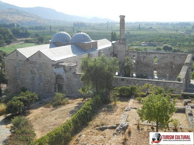 Turcia Selcuk moscheea Isa Bey