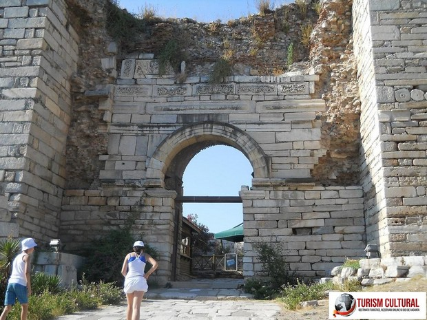 Turcia Selcuk Biserica Sf Ioan poarta vanatorilor
