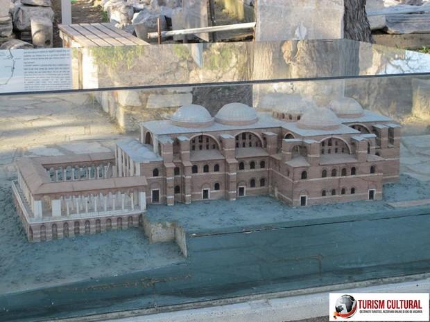 Turcia Selcuk Biserica Sf Ioan reconstituire