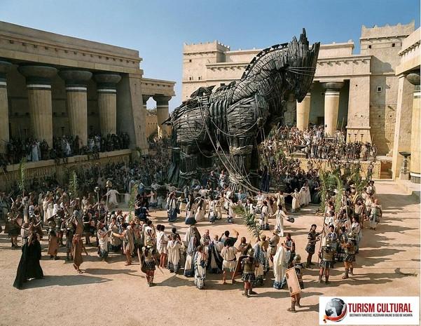 Calul troian din filmul Troy 2004