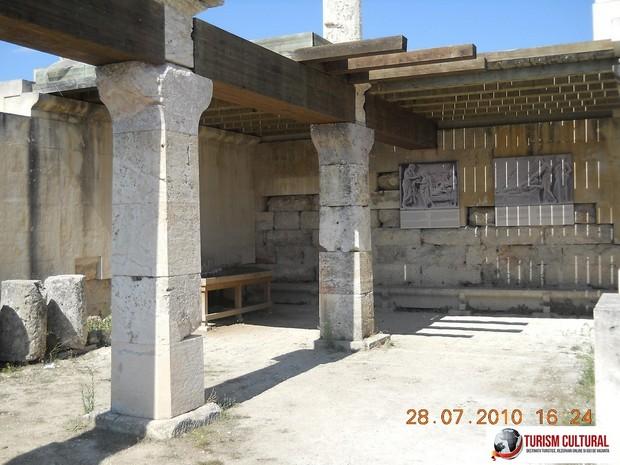 Grecia Epidaur abaton interior