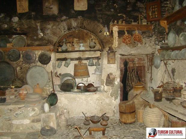 Grecia Meteora manastirea Marele Meteor unelte casnice