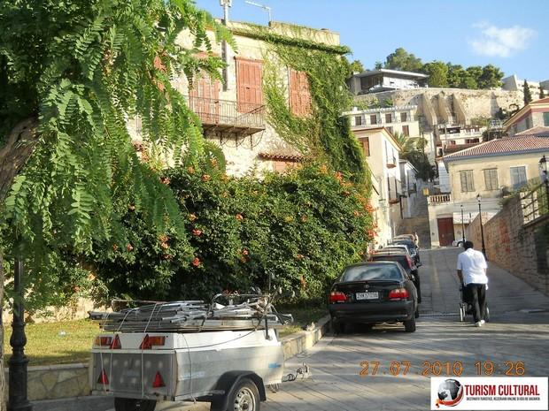 Grecia Nafplio strada in panta