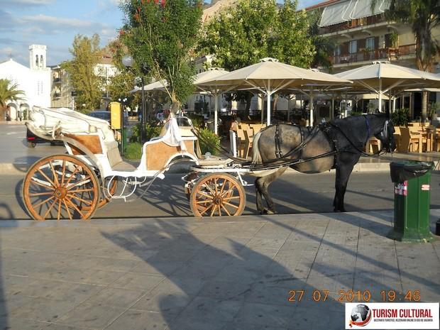 Grecia Nafplio trasura (in fata hotelului Grand Bretagne)