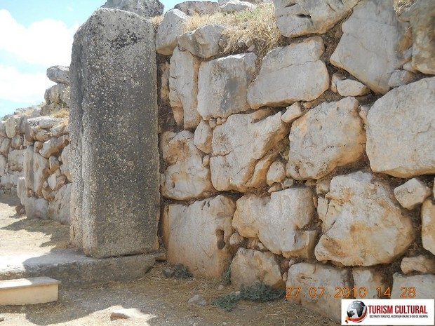 Grecia Tirint poarta leilor