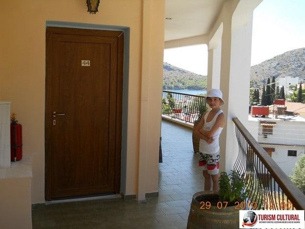 Grecia Tolo hotel Polydor intrare camera