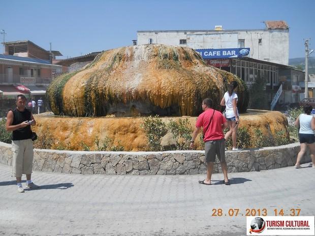 Turcia Karahayit travertin colorat