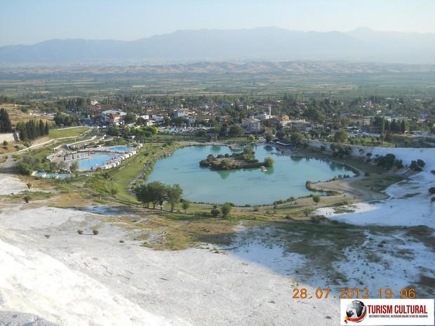 Turcia Pamukkale lacul cu rate