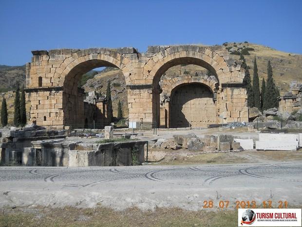 Turcia Hierapolis baile de nord