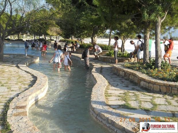 Turcia Hierapolis bazin apa termala