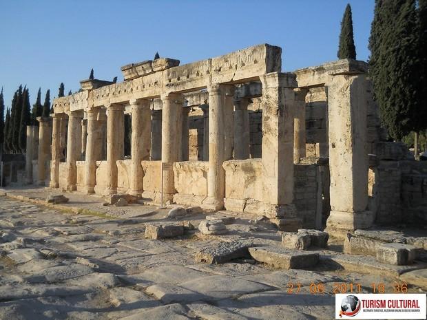 Turcia Hierapolis latrine