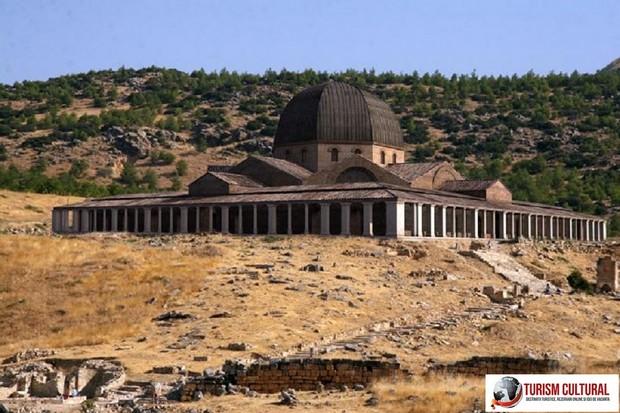 Turcia Hierapolis martyrionul Sfantului Apostol Filip reconstituire