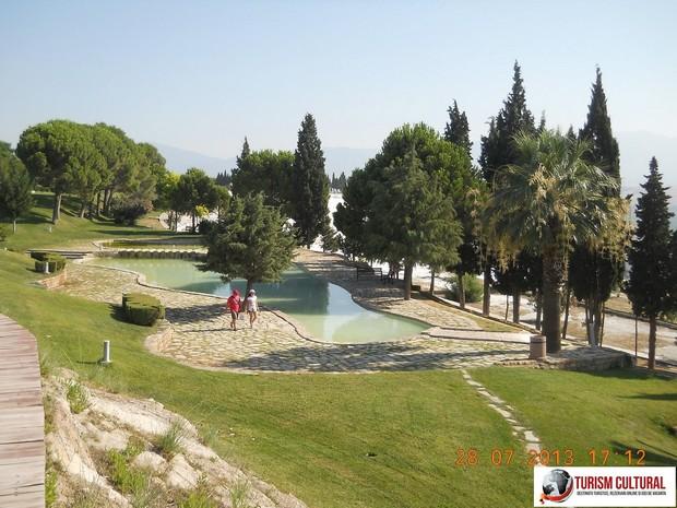 Turcia Hierapolis platou bazin