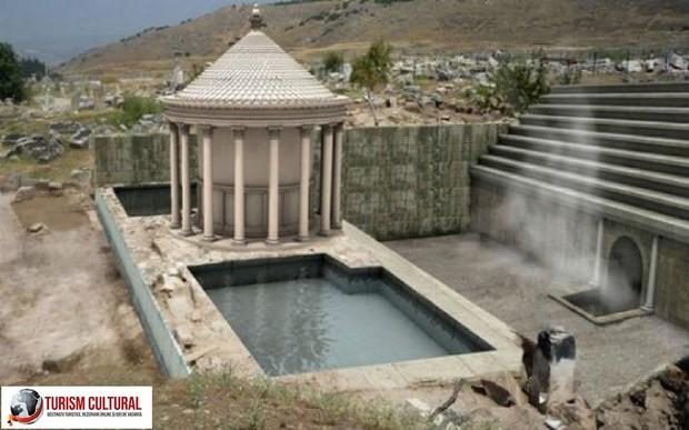 Turcia Hierapolis poarta lui Pluto reconstituire