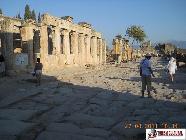 Turcia Hierapolis strada Frontinus