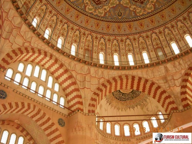 Turcia Edirne Moscheea Selimiye ferestre